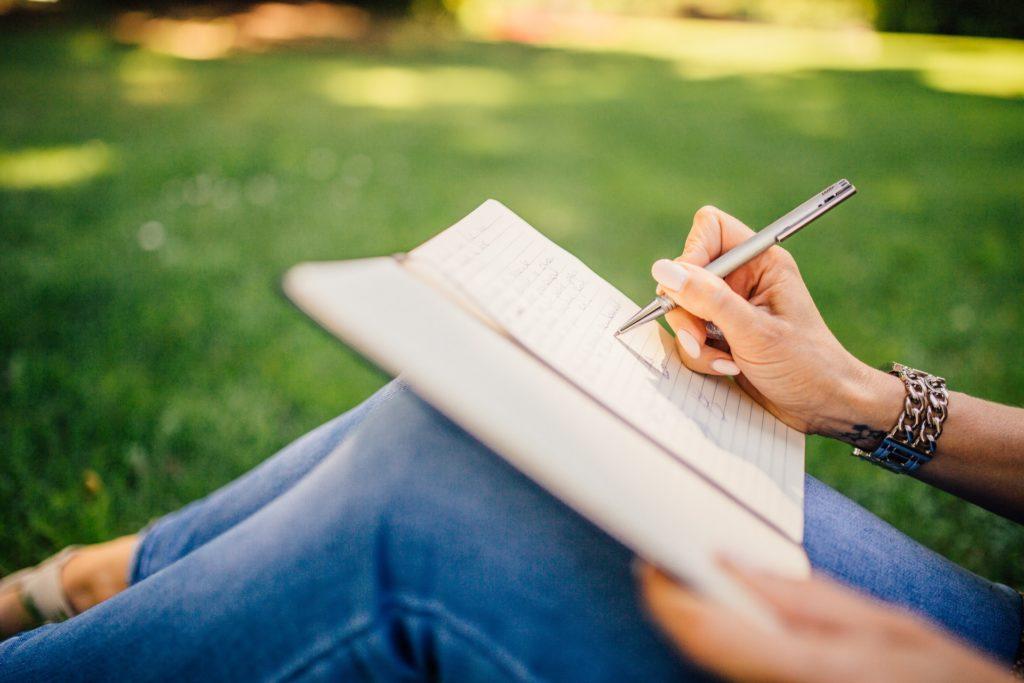 作文、論文、エッセイ、文章(Essays,Papers)に関しての英単語まとめ 画像と意味